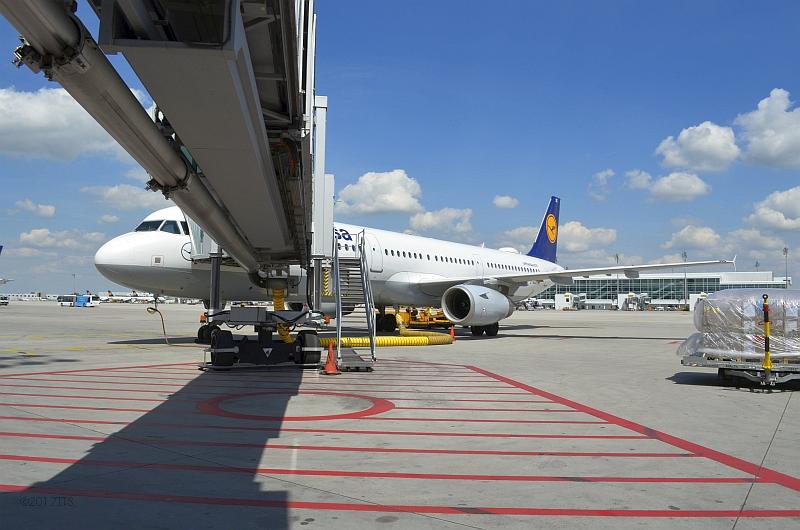 29/68 Projekt Flughafen München - PCA-Technik