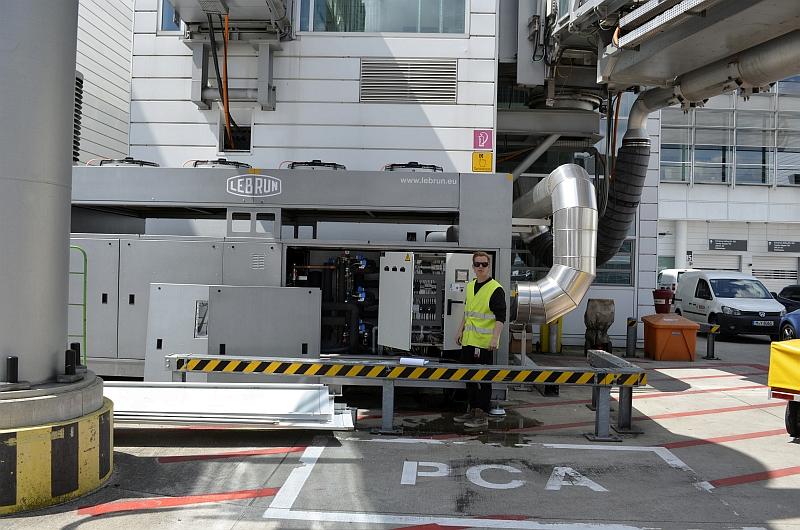 42/68 Projekt Flughafen München - PCA-Technik