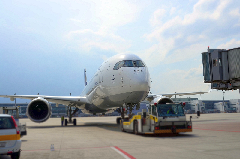 52/68 Projekt Flughafen München - PCA-Technik