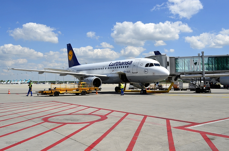 56/68 Projekt Flughafen München - PCA-Technik