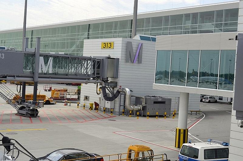 62/68 Projekt Flughafen München - PCA-Technik